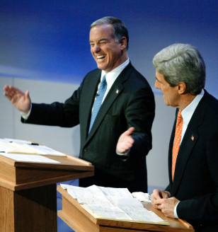 DEAN LAUGHS AS KERRY MAKES FUN OF POLLS