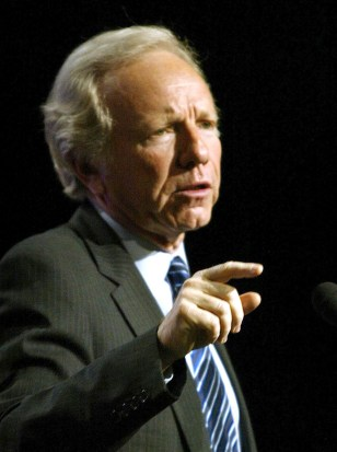 Democratic presidential canidate Joe Lieberman