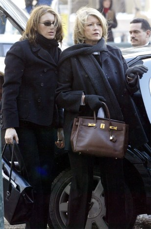 MARTHA STEWART ARRIVES WITH DAUGHTER ALEXIS AT COURT THURSDAY