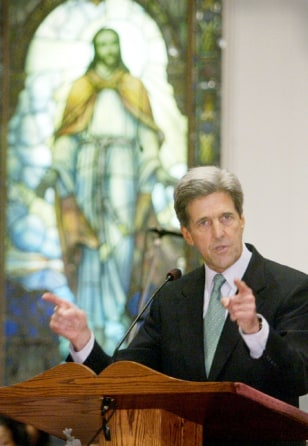 JOHN KERRY SPEAKS TO CONGREGATION FROM PULPIT OF MISSISSIPPI CHURCH