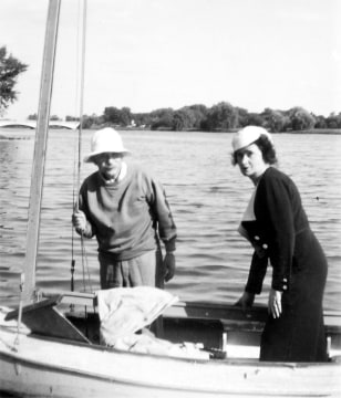 Image: Einstein and Fantova on Lake Carnegie