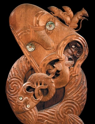 Image: Wood carving with rats