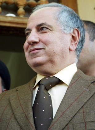 FORMER IRAQI GOVERNING COUNCIL MEMBER AHMAD CHALABI SPEAKS TO REPORTERS IN NAJAF