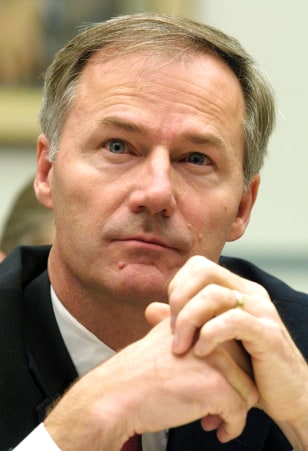 FILE PHOTO: ASA HUTCHINSON