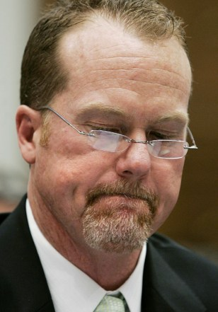 Mark McGwire at congressional steroid hearings.