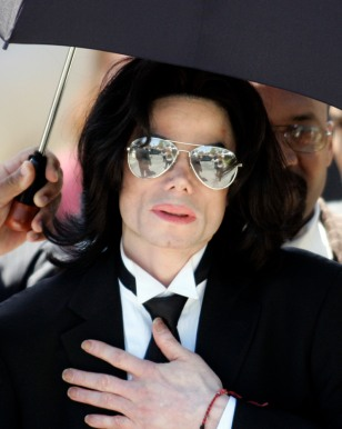 Michael Jackson leaves the Santa Barbara County Courthouse after not guilty verdict for child molestation in Santa Maria