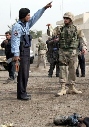Image: Iraqi police officer