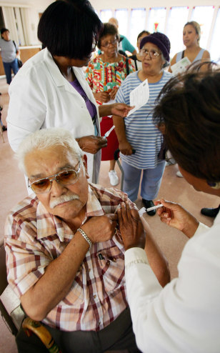 Los Angeles Begins Administering Flu Shots