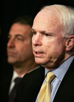 Image: Sens. John McCain and Russell Feingold