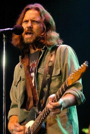 Image:Pearl Jam's Eddie Vedder