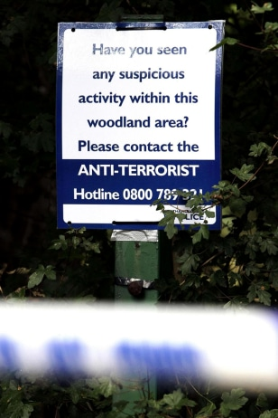 IMAGE: Police sign at King's Wood in High Wycombe