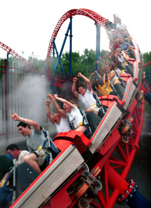 Image: SIX FLAGS AMUSEMENT PARK