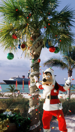 Image: Goofy as Santa