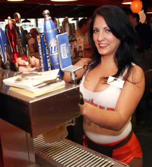 Image: Hooters bartender