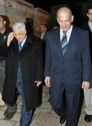 Image: Olmert, Abbas
