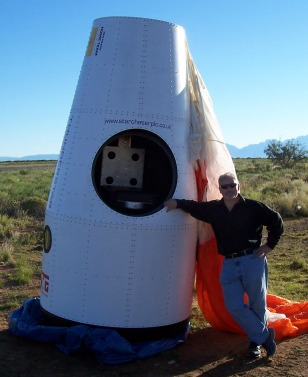 Image: Bennett with capsule