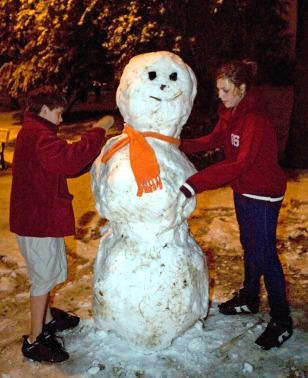 IMAGE: SNOWMAN IN TUCSON