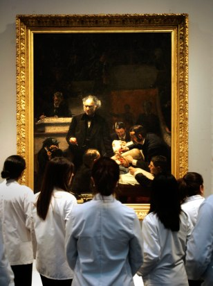 Image: Med students at the Pennsylvania Academy of the Fine Arts