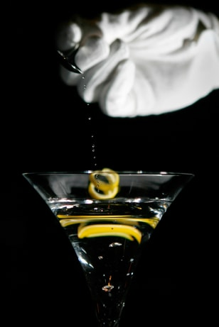 One-carat diamond falls into a martini at the Ritz-Carlton in Tokyo