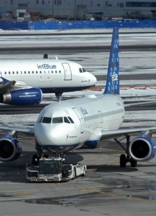 Image: JetBlue plane