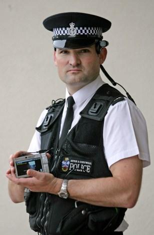 Image: Police head cameras