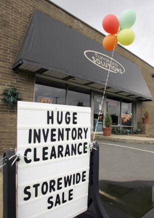 Image: Clearance sale sign