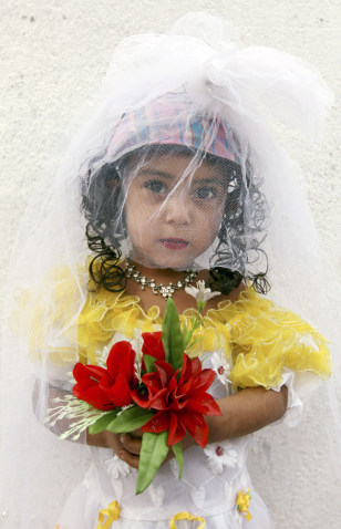 Image: Child bride
