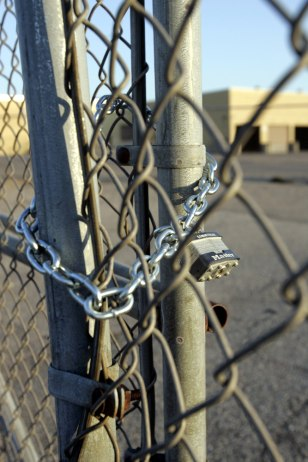 Image: Chained gate at Electrolux