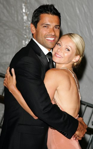 Kelly Rip and Mark Consuelos