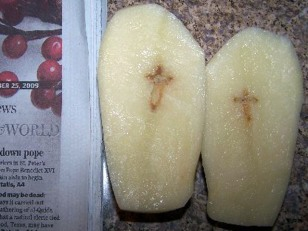 Image: Crosses in potato