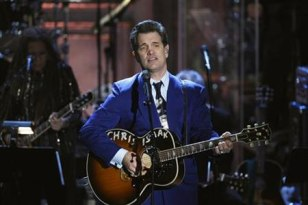 Image: Chris Isaak