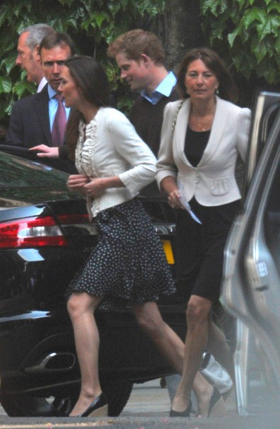 Image: Prince Willam's fiancee Kate Middleton leaves Westminster Abbey with her mother Carole and Prince Harry, en route to Clarence House in London