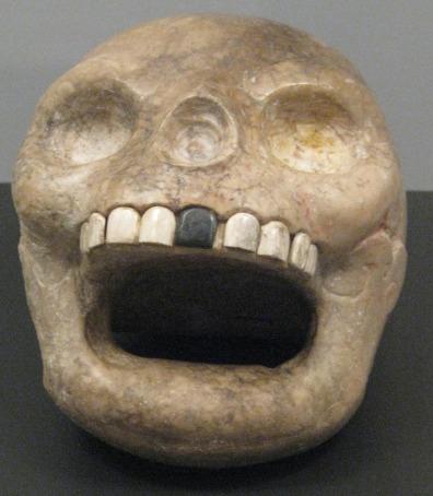 Imagee: Mayan skull