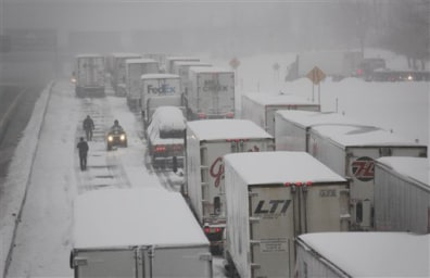 Image: Trucks stuck on highway
