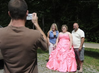 Image: Prom dress photo
