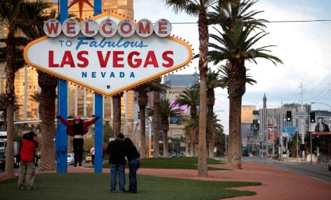 Image: Las Vegas sign