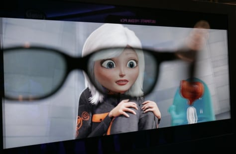 Image: 3D screen and glasses