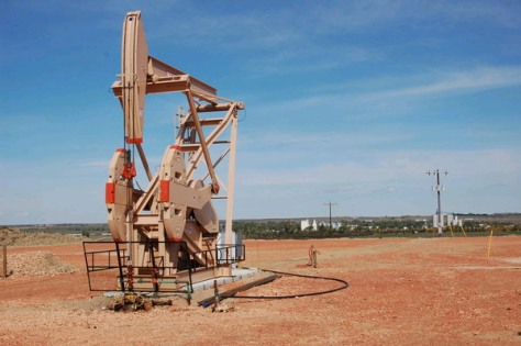 Image: Oil well in Parshall, N.D.