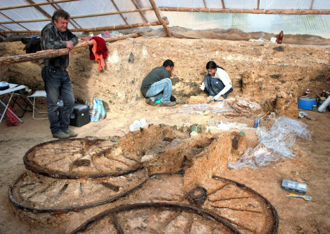 Image: Bulgarian archaeologists