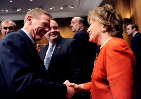 Image: Elizabeth Dole and Alan Mulally