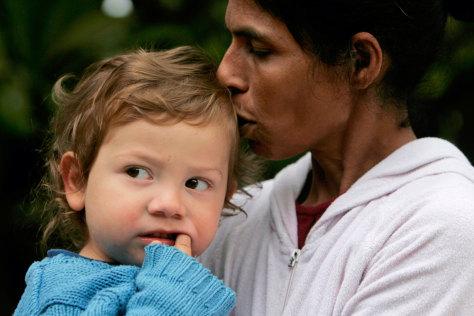 Nanny protective of Mumbai orphan - World news - South and