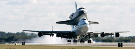 Image: USA Shuttle Endeavour Arrives at Kennedy Space Center