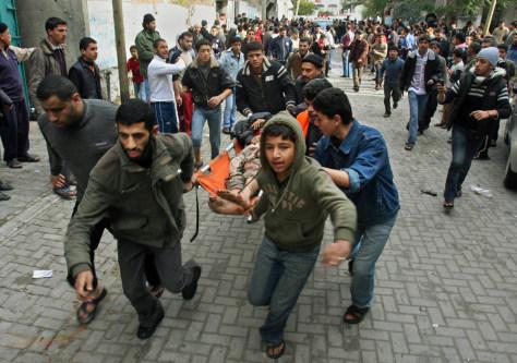 Image: Severely injured Palestinian man