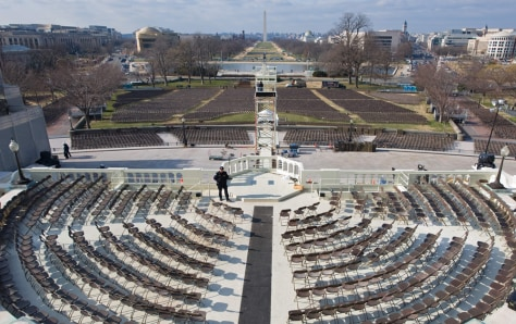 Image: D.C. prepares for Obama inauguration