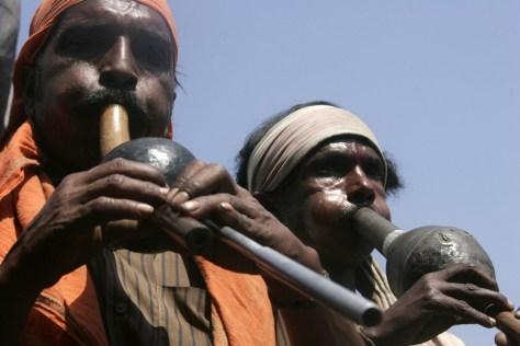 Image: Snake charmers in India