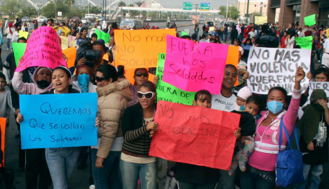 Image: Protesters in Monterrey