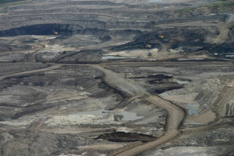 Image: Oil sands mine