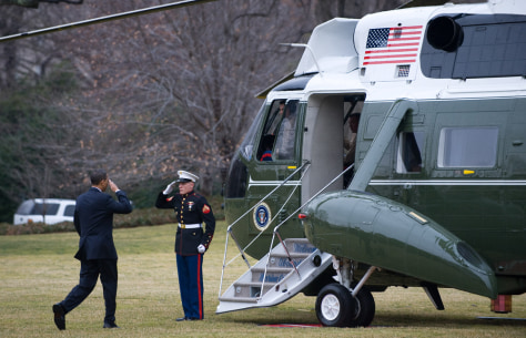 Image: Barack Obama heads to Marine One