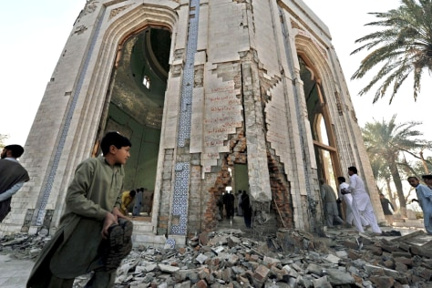 Image: Shrine of Sufi poet bombed