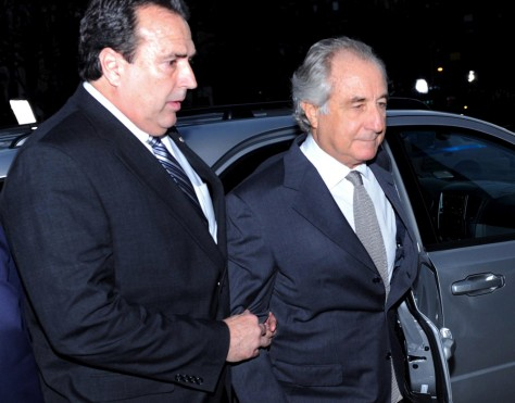 Image: Bernard Madoff enters courthouse